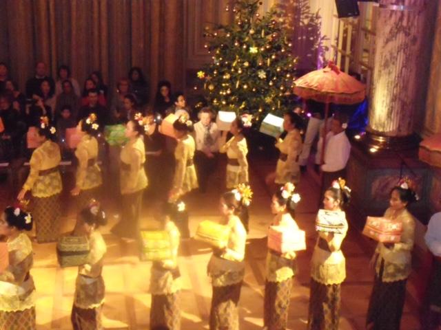cérémonie balinaise au temple sekar jagat indonesia