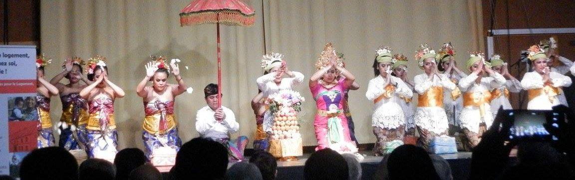 Spectacles prière et danse association sekar jagat indonesia